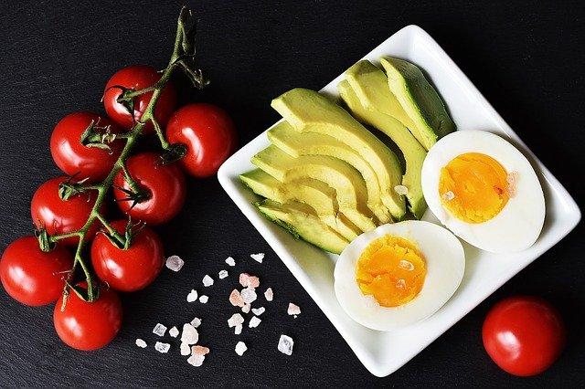 Seguir una dieta equilibrada es básico para mantener una buena salud