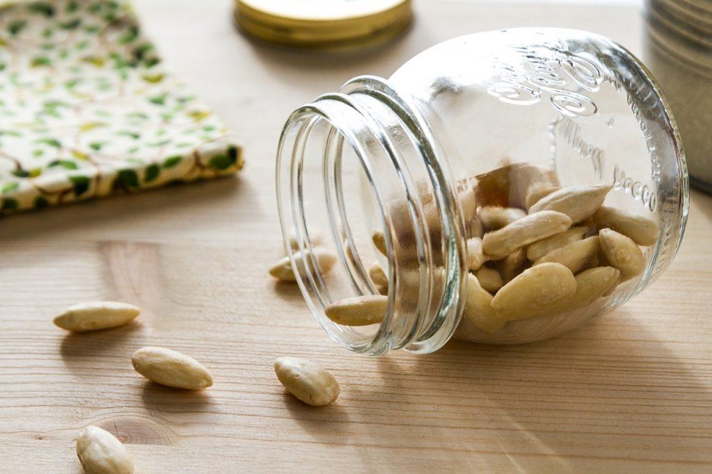 Las almendras crudas ayudan a mantener el nivel de azúcar en sangre