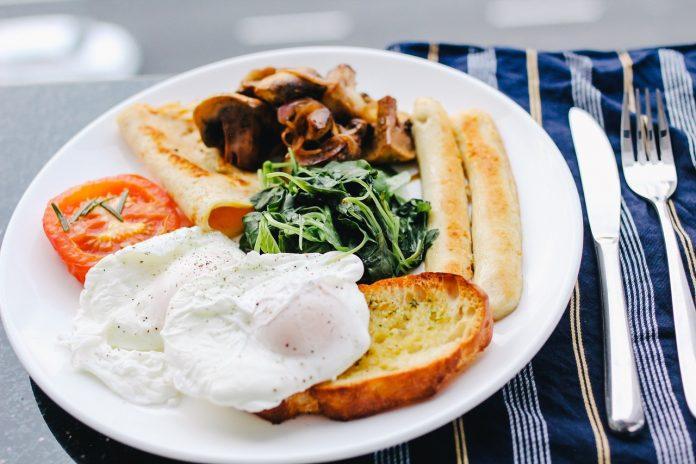 El método del plato evita estar en cada una de las comidas midiendo las porciones de alimentos