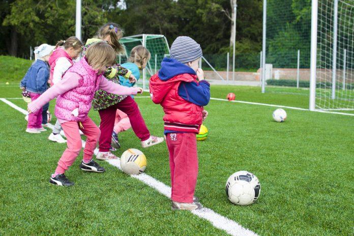 Hay que tener en cuenta diferentes factores para evitar hipoglucemia en niños cuando realizan alguna actividad física.