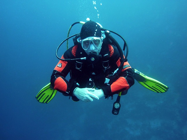 Aprende a comunicarte bajo el agua